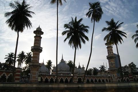 mezquita-kuala-lumpur.jpg